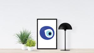 poster inramad och en svart ram med the evil eye design för skydd enligt 1000 årig vetenskap